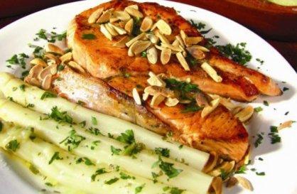 salmãoaomolhodeamendoas