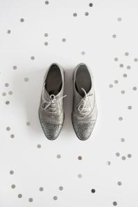 diy-glitter-shoes